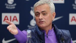 Yine yaptı yapacağını Mourinho...