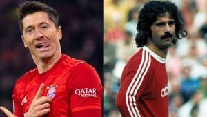 İlk 11 maçta 16 gol attı Lewandowski, gözünü Gerd Müllerin rekoruna dikti...