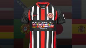 Eintracht Frankfurt'tan alkışlanan hareket Irkçılık ve ayrımcılığa karşı…