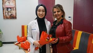 Mustafakemalpaşada Başkan Yardımcısı Kocaman, Diş Hekimleri Gününü kutladı