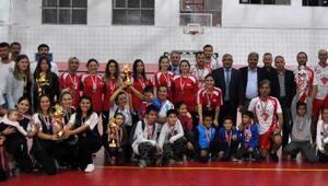 Voleybol ve futsal turnuvaları sona erdi