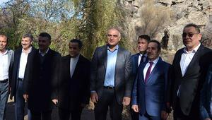 Bakan Ersoy: Alan başkanlığıyla birlikte herhangi bir koruma statüsü azalmadı