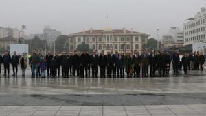 Manisada 24 Kasım Öğretmenler Günü kutlandı