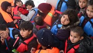 İzmirde 38i çocuk 81 kaçak göçmen yakalandı