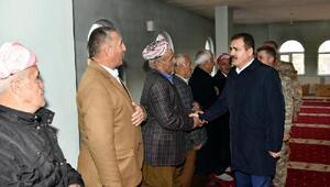 Vali Akbıyıktan PKK katliamının yıl dönümünde İkiyakaya ziyaret