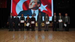 Akşehir Belediyesi öğretmenleri unutmadı