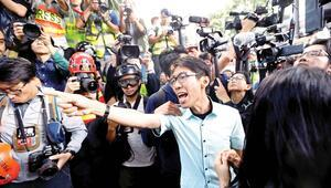 Pekin karşıtları rekor kırdı