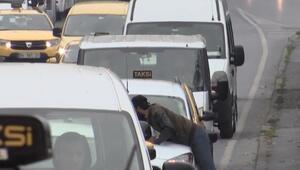 Trafikte korku... Sürücüler endişeli gözlerle bakıyor