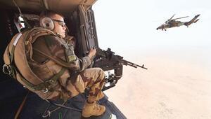 Fransa'nın acı günü: 13 asker öldü