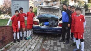 Otomobil bagajında spor kulübü