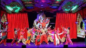 Beyond Bollywood müzikali İstanbulda