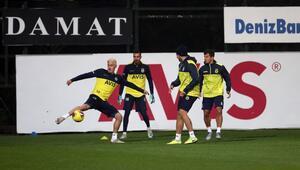 Fenerbahçede Göztepe maçı hazırlıkları sürüyor