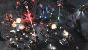 Arcturus Mengsk nihayet Starcraft II evrenine giriş yaptı