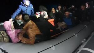 Dikilide 25 göçmen yakalandı