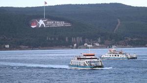Kuzey Egedeki lodos feribot seferlerini aksatıyor