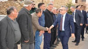 Vali Şimşek köyleri ziyaret etti