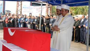 Uzman Onbaşı Çavuş, memleketi Adanada toprağa verildi