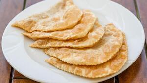 Çiğ börek nasıl yapılır İşte kolay ve pratik çiğ börek tarifi ve yapımı