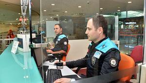 Talimat verildi, kıyafetleri değişti Pasaport polislerine turkuaz yelek..