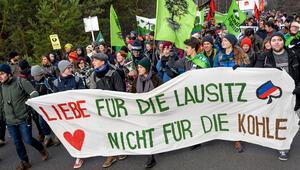 Kömür karşıtları maden bastı