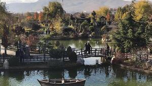 Konyanın parkları ziyaretçileriyle şenlendi