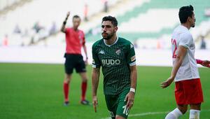 Bursaspor'da Özer sevinci 3 puanı getirdi...