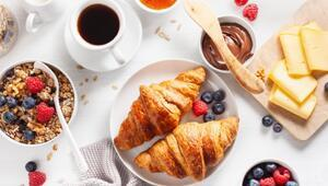 Fransız Kahvaltılarının Gözdesi Kruvasan Tarifi