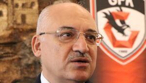 Mehmet Büyükekşi: Kadroya takviye yapacağız...