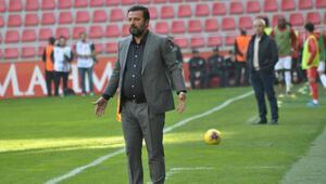 Bülent Uygun ilaç olmadı 4 maç, 10 gol...