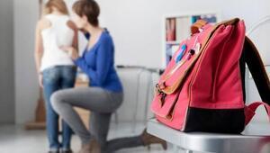 Okul çantaları çocukları fıtık edebilir