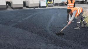 Bağlar Belediyesinden çevik kuvvet binasına asfalt