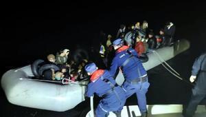 Karaburun ve Seferihisarda 75 kaçak göçmen yakalandı
