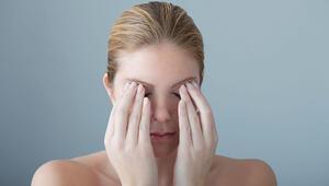 Ameliyatsız Göz Kapağı Estetiği Nasıl Yapılır