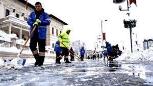 Belediyelerinin sosyal medyadaki kar ve soğuk hava atışması gülümsetti