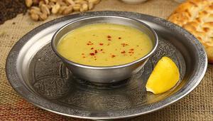Soğuk havalarda içinizi ısıtacak protein deposu bir çorba