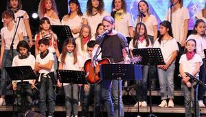 Otizmli çocuklar yararına konser
