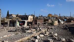 İdlibde son bir haftada 25 bin sivil yerlerinden edildi