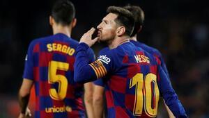 7 gollü maç Barcelonanın Messi tarihe geçti...