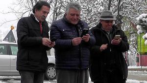 Köyde kurulan kamera sistemi ile gurbetçiler hasret gideriyor