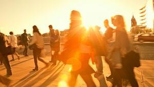 Güneş çarpması belirtileri nelerdir Güneş çarpmasına ne iyi gelir