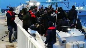 Dikili ve Çeşmede 105 kaçak göçmen yakalandı