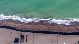 Akçakocada kum kıyıya 3 metre çekildi