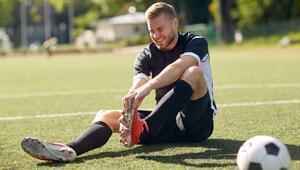 Ünlü doktordan futbolculara uyarı