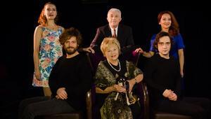 Nevra Serezli 11 yıl aradan sonra yeniden tiyatro sahnesinde