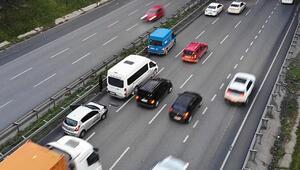 Esenyurt TEM bağlantı yolunda zincirleme kaza