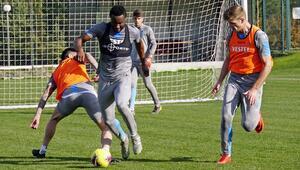 Trabzonsporda kadroda yer almayanlar antrenman yaptı
