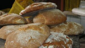 Burada pişen ekmeğin tadına doyum olmuyor İsteyen kendi de hazırlayabiliyor