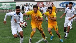 Lider Karacabey Belediyespor, devreyi galibiyet ile kapatmak istiyor