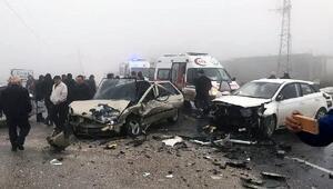 Sis kazaya neden oldu: 4 yaralı