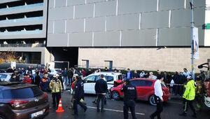 Ümraniyede otomobil park halindeki araçlara daldı: 5 yaralı